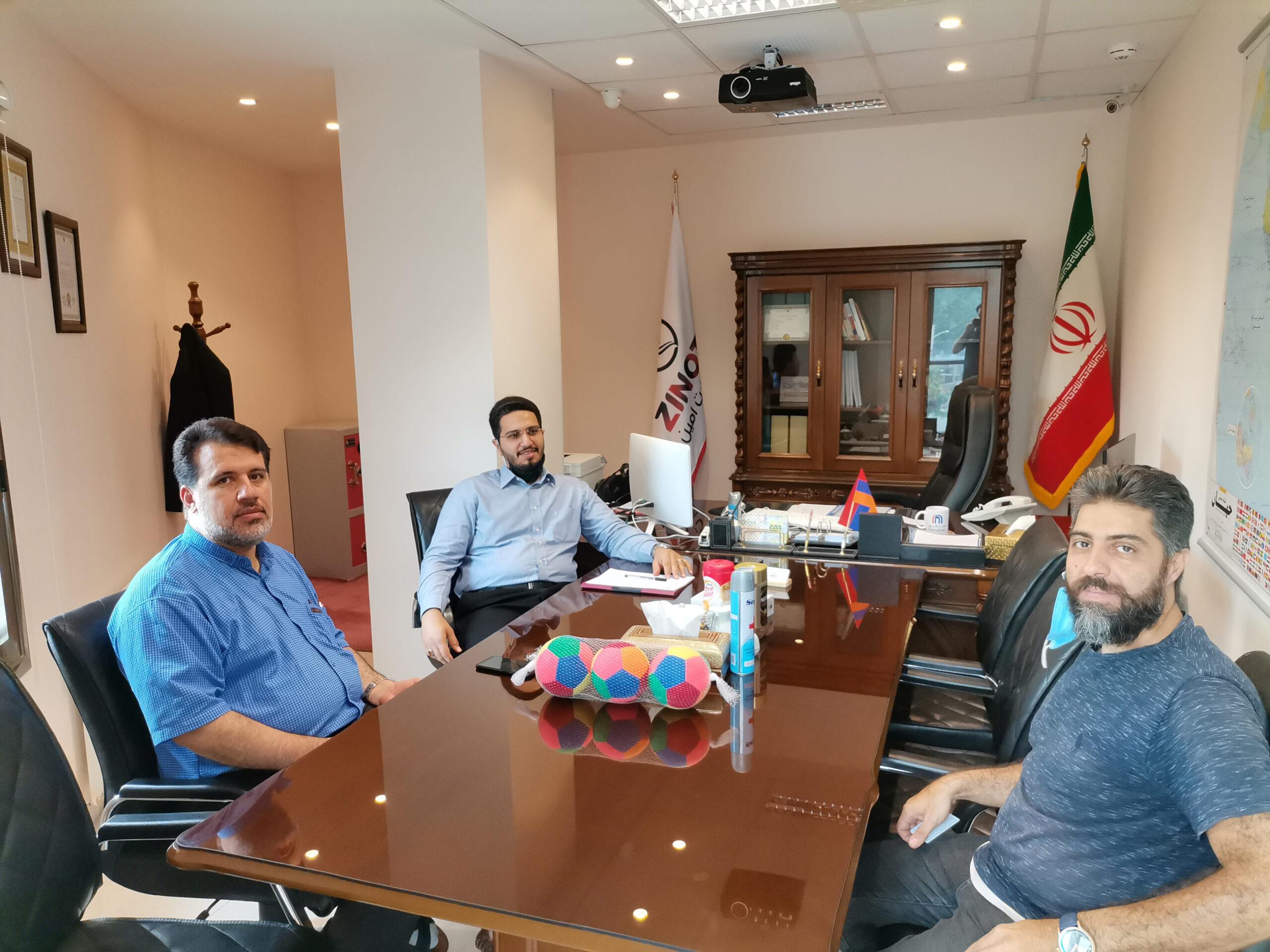 نشست هیئت مدیره زینو تجارت امین با آقای بهشاد بیگدلی مدیر عامل مجموعه تولیدی توپ شاهین بال