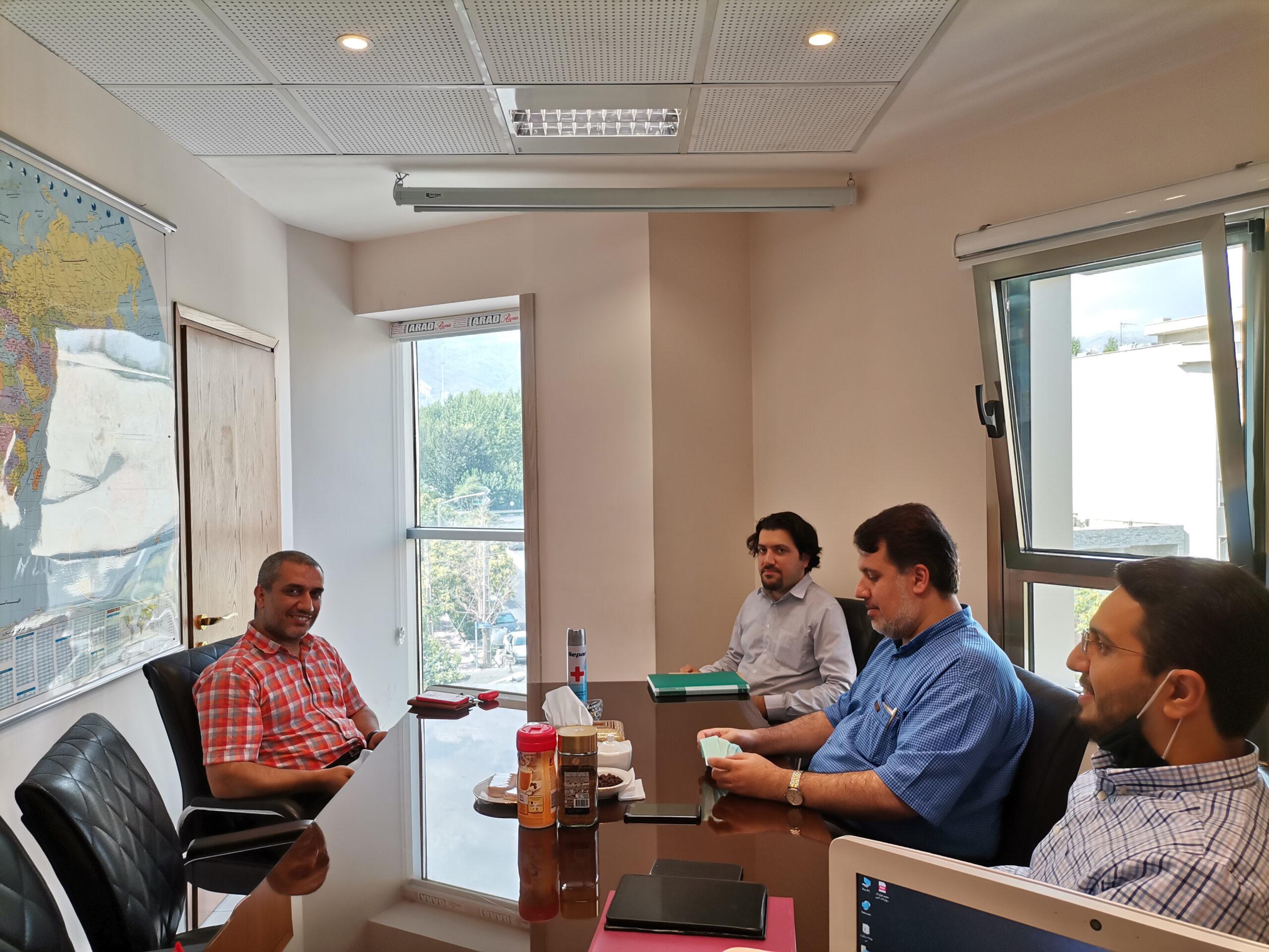 نشست هیئت مدیره زینو تجارت با آقای حامد پیشوایی مدیر عامل مجموعه آی توی