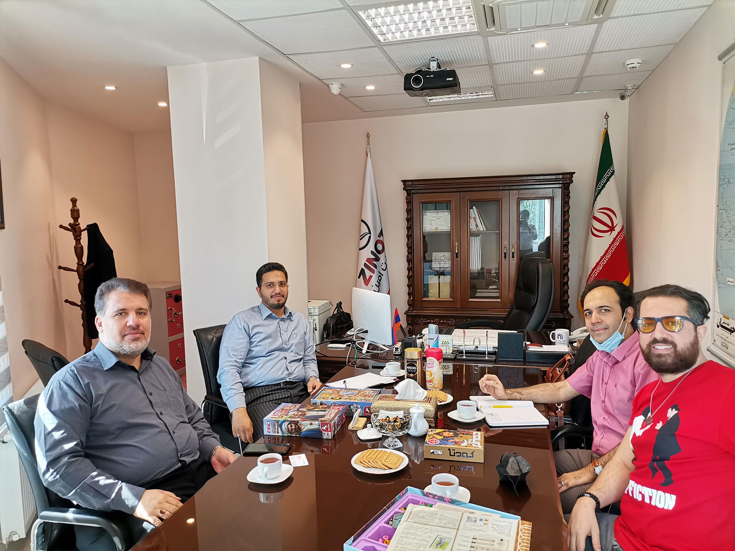 نشست هیئت مدیره زینو تجارت با آقای عادل مقصودپور مدیر عامل مجموعه فکرآوران